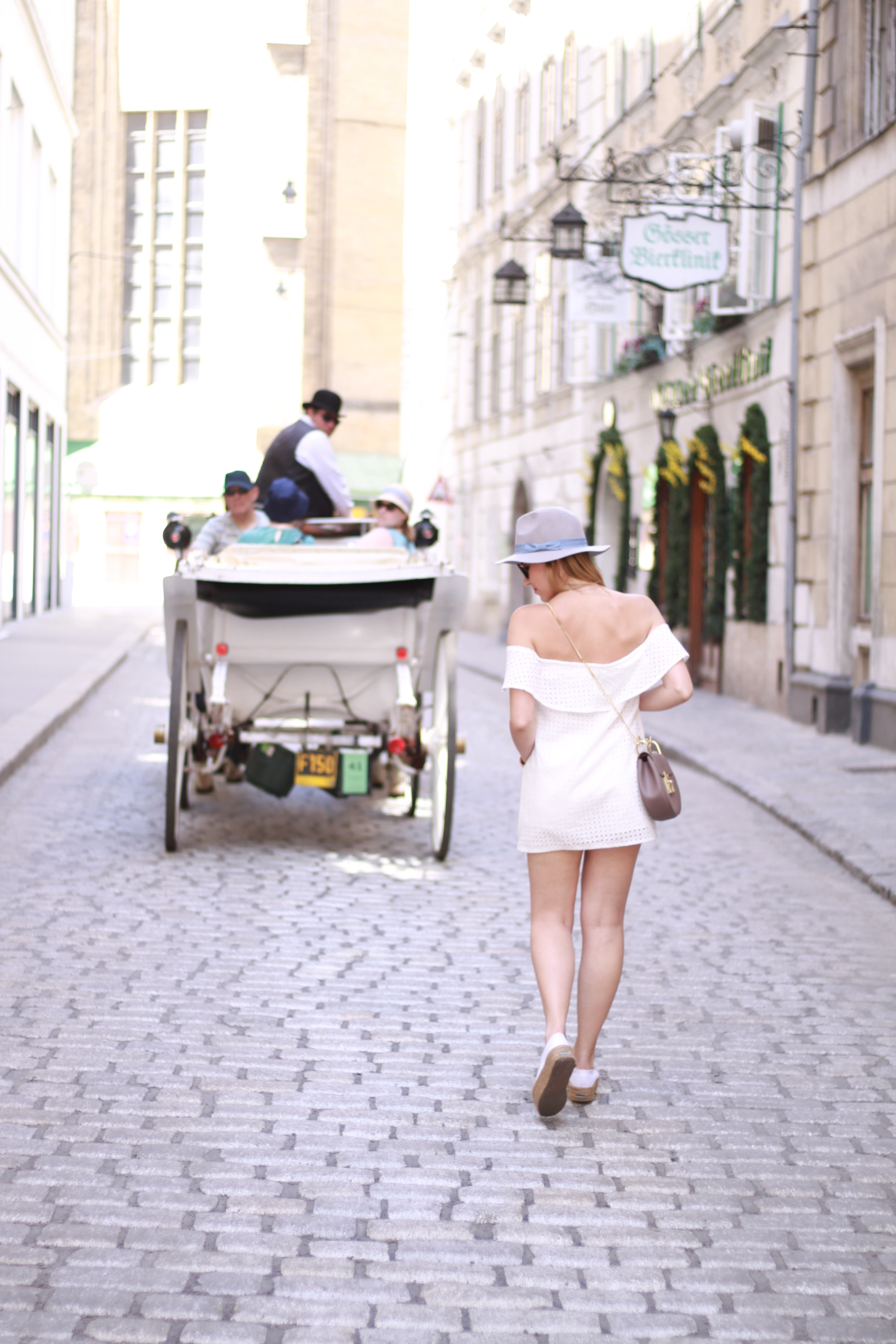 All white Blog your style fruitysky (11)