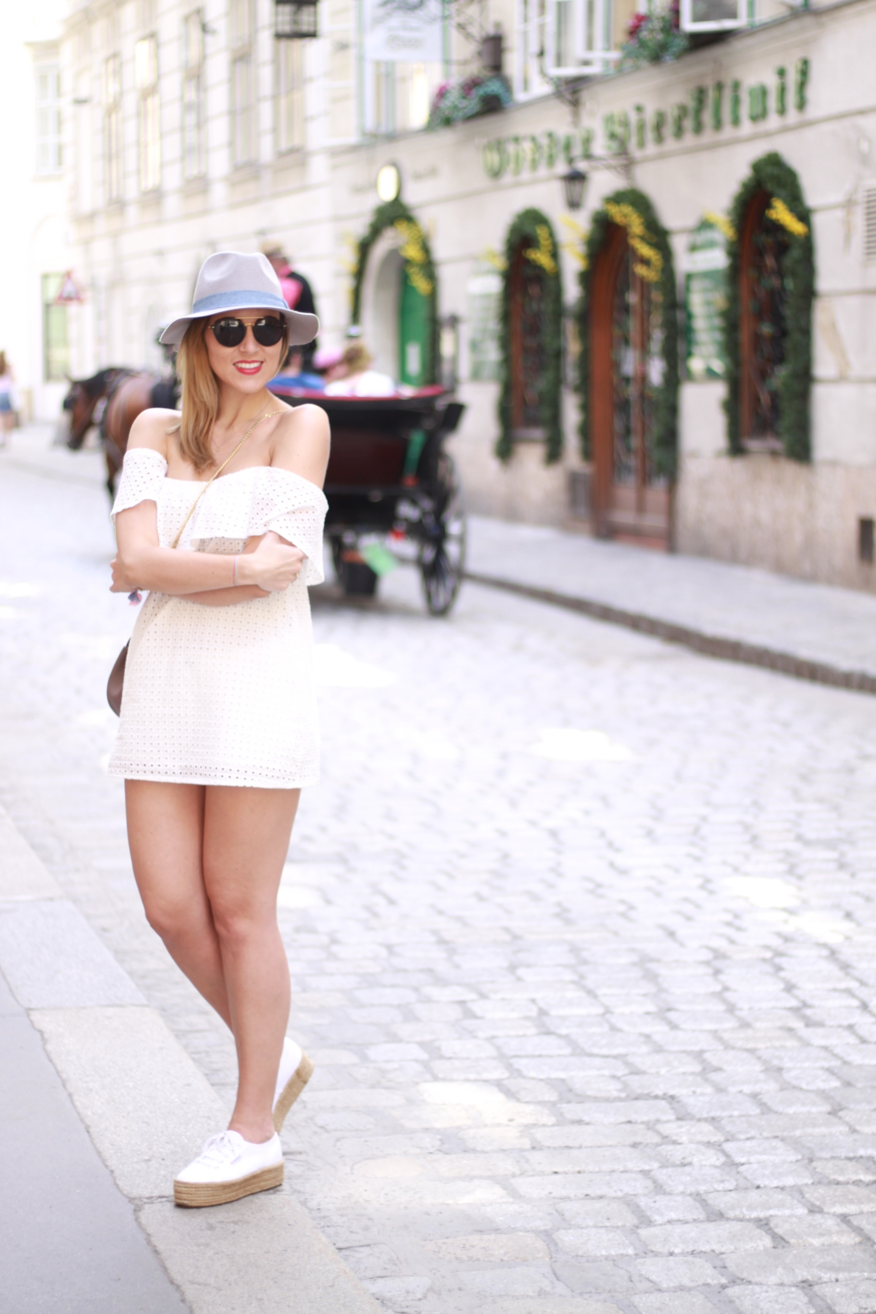 All white Blog your style fruitysky (13)