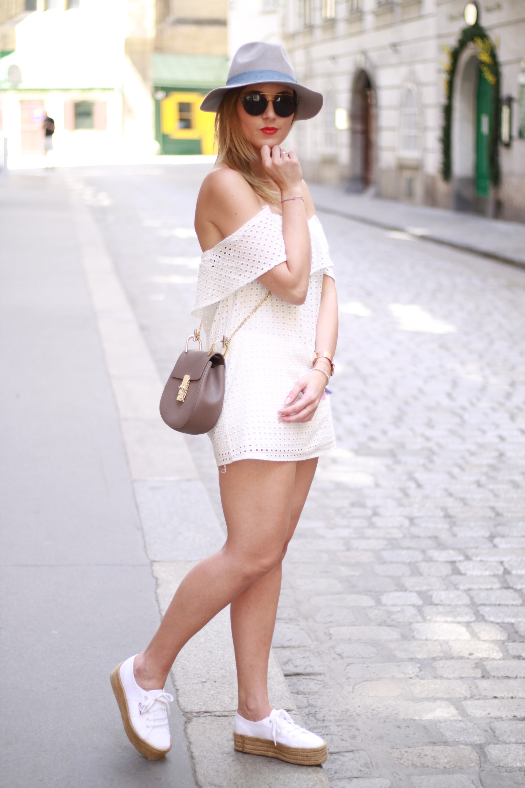 All white Blog your style fruitysky (9)