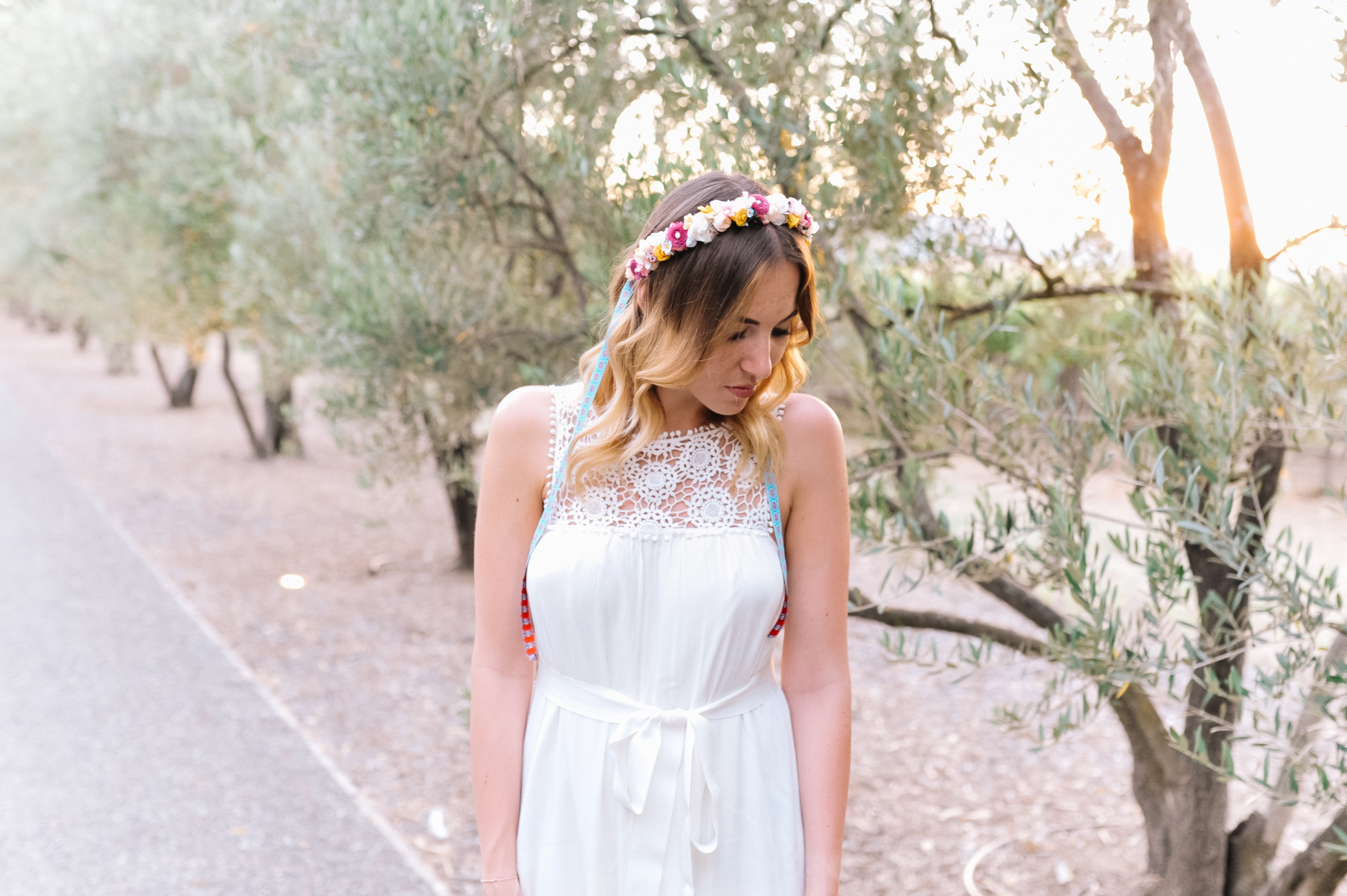 outfit-napa-valley-white-dress-we-are-flowergirls-crown-3