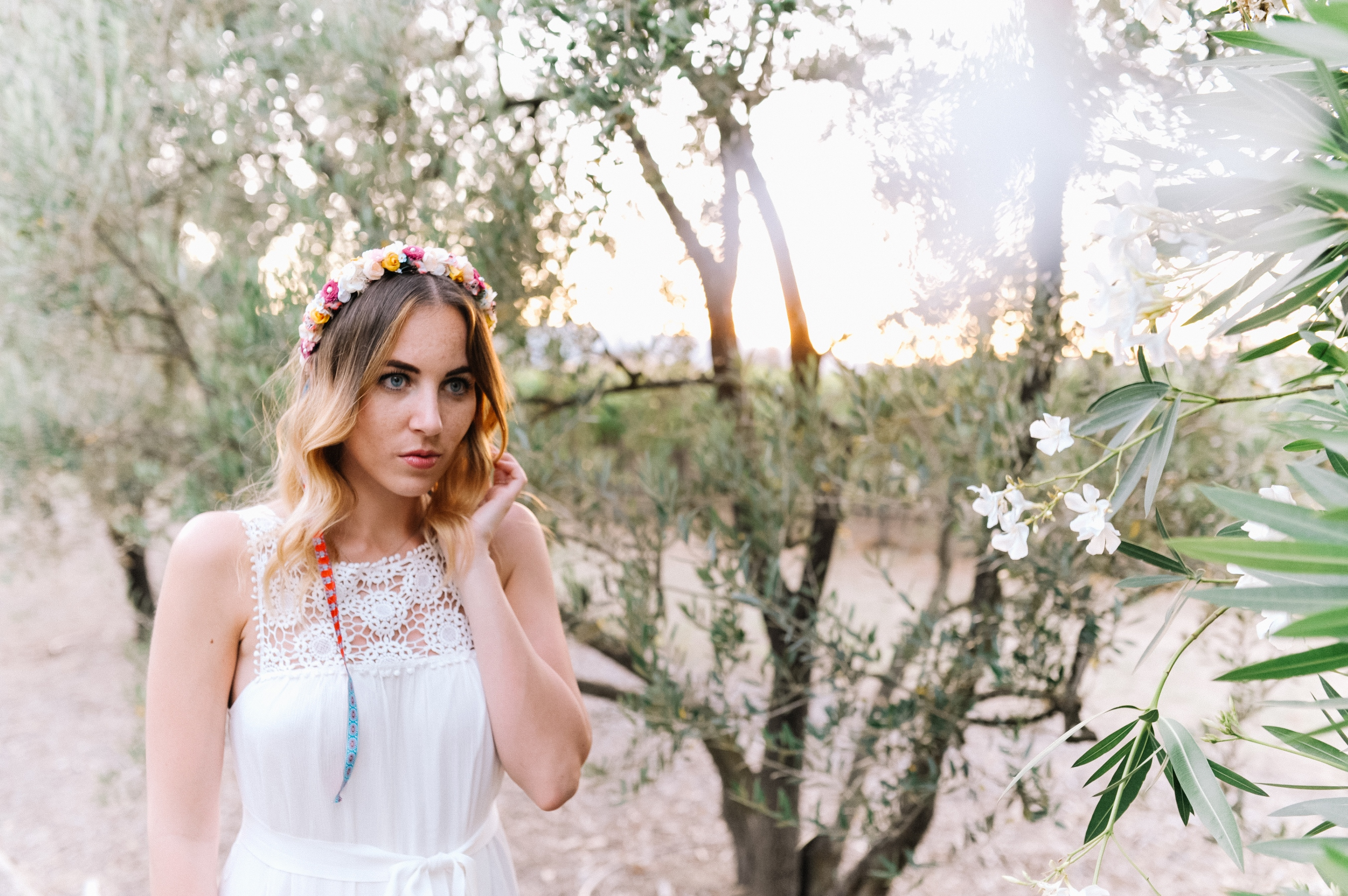 outfit-napa-valley-white-dress-we-are-flowergirls-crown-5